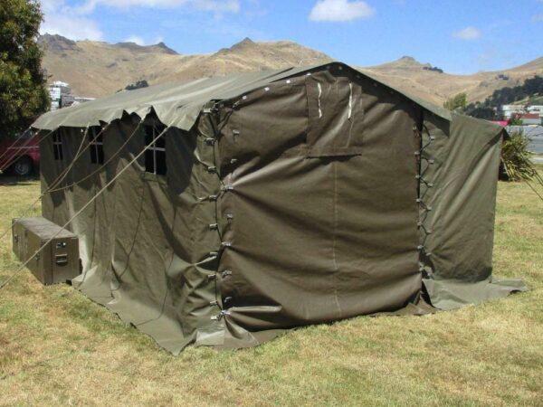 tente-militaire-de-commandement-suisse-m53